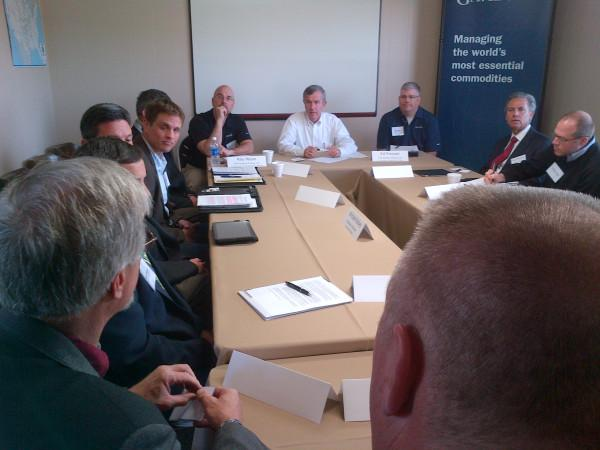Senator Johanns holds a trade roundtable in Fremont, Nebraska.