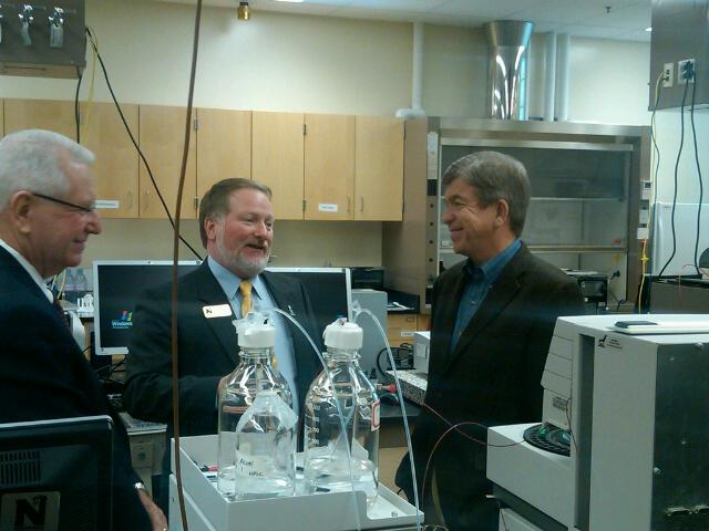 Senator Roy Blunt visits the Center for Innovation and Entrepreneurship at Northwest Missouri State University.